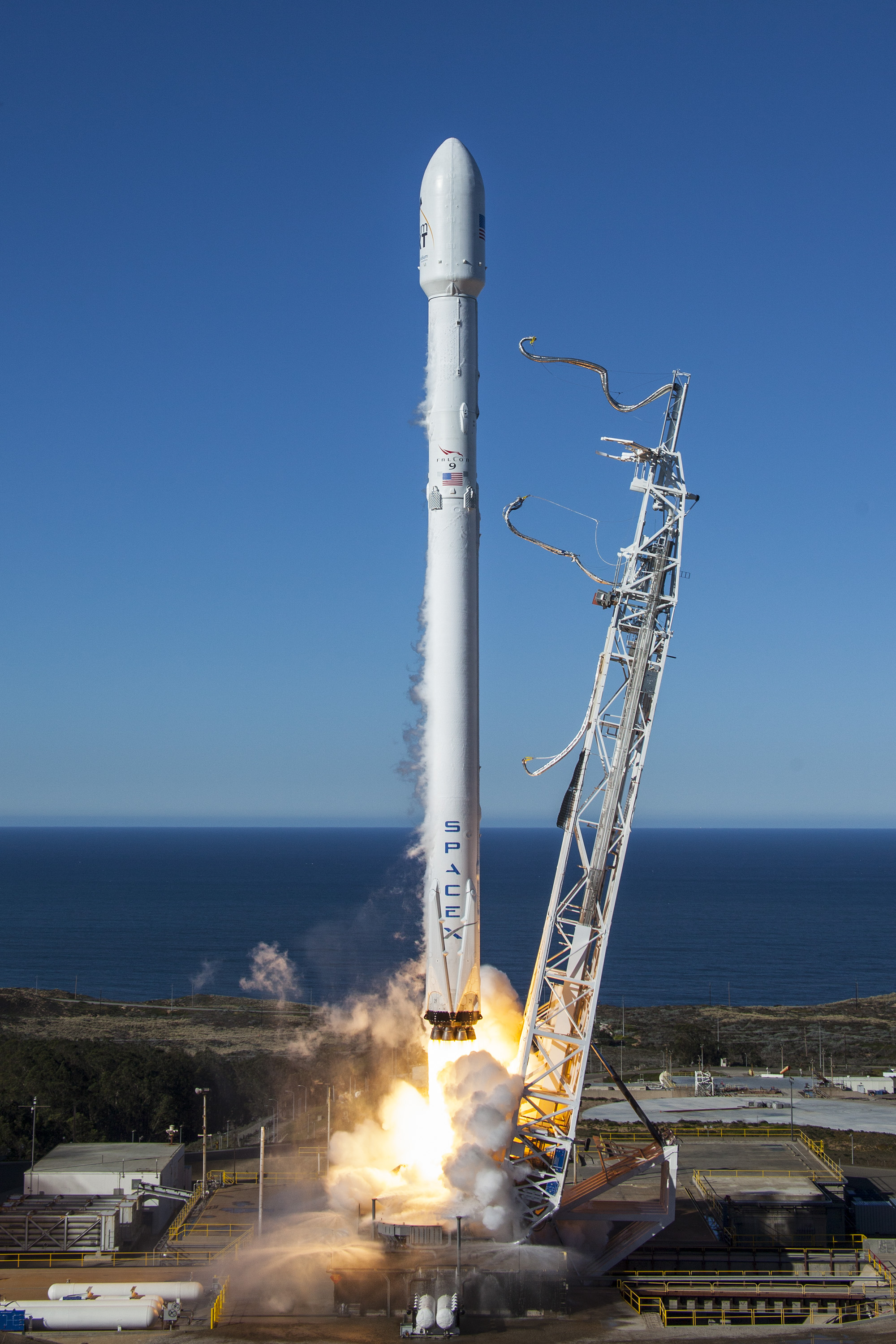 SpaceX launch vehicle